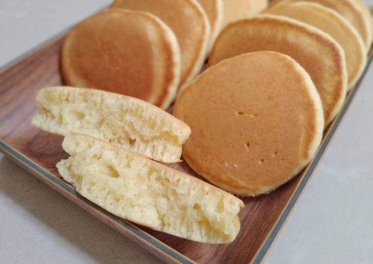 pancake-with-coconut-milk-cemilan-anak-1-tahun
