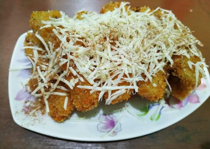 Pisang Goreng Crispy topping Keju & Cinnamon