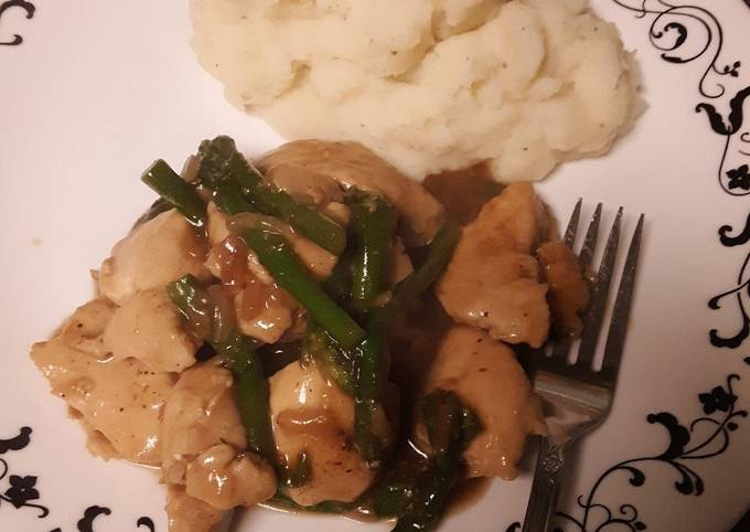 French Onion Chicken and Asparagus