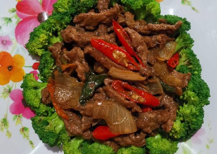 brokoli-sapi-lada-hitam