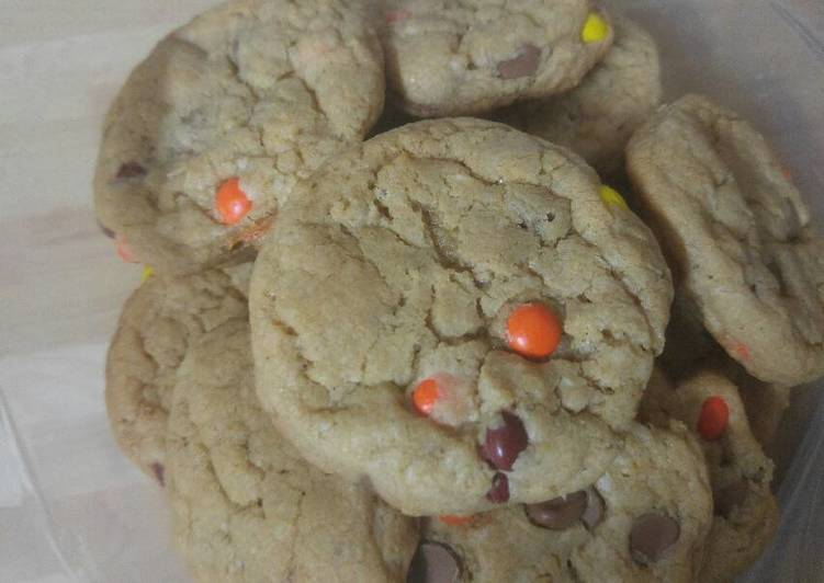 Peanut butter oatmeal chip cookie