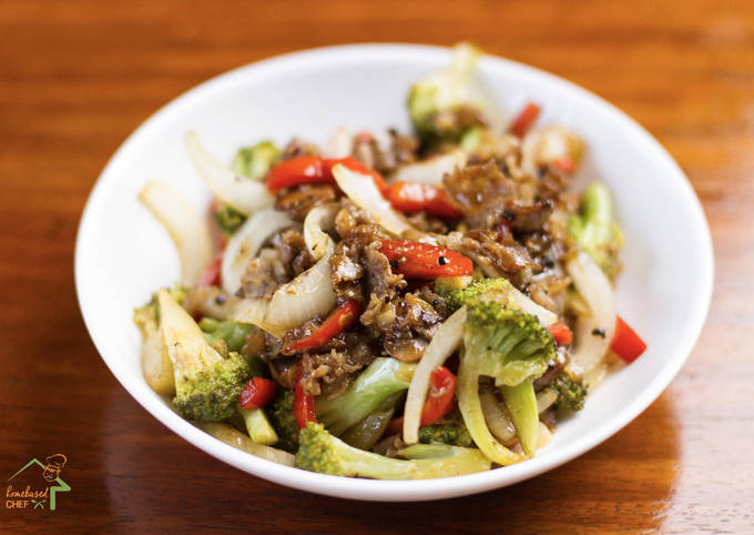 Stir-Fry Beef with Broccoli in Oyster Sauce