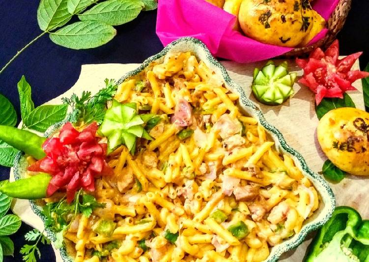 10 Minute Step-by-Step Guide to Make Quick Creamy Masala Pasta And Masala Buns