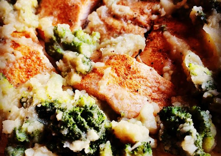 Information on How to Boost Your Mood with Food Instant Pot Salmon with Garlic Potatoes and Broccoli
