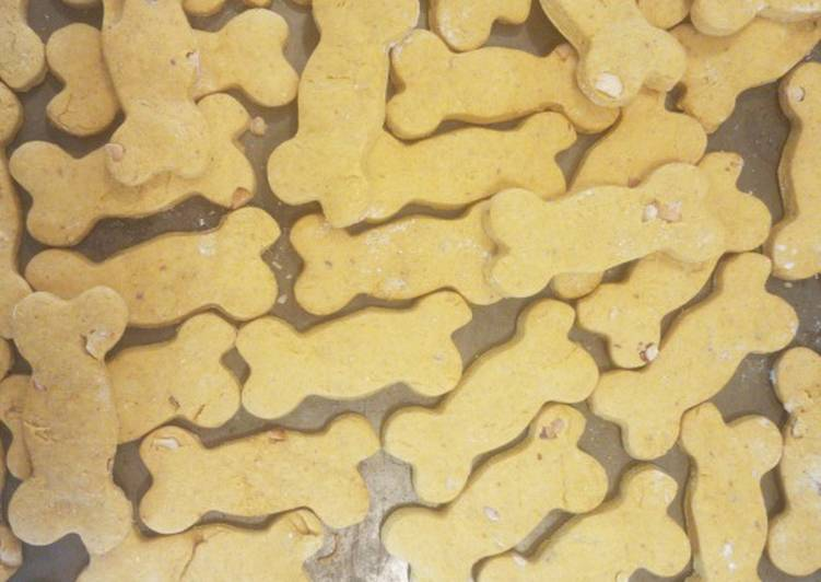 Pumpkin Peanut Butter Dog Biscuits Recipe By Jeffrey Lewis Cookpad