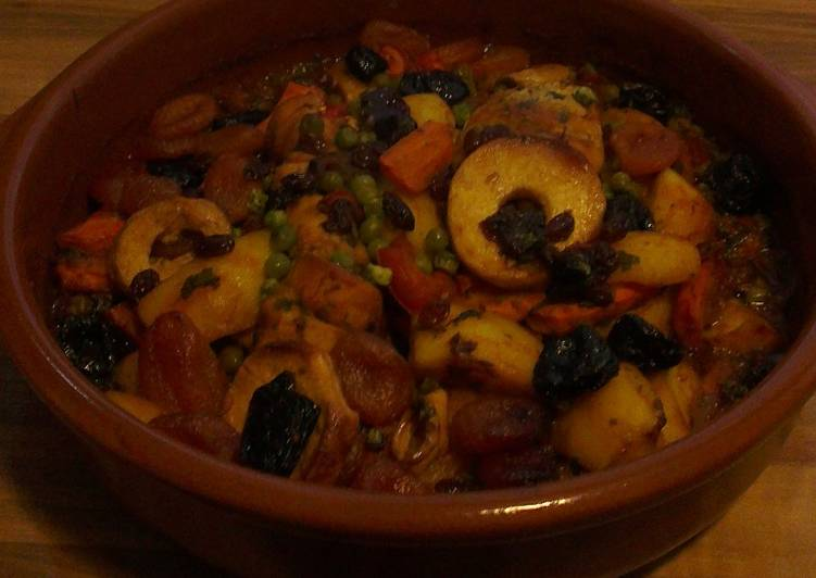 Tajine with Chicken and Tutti Frutti