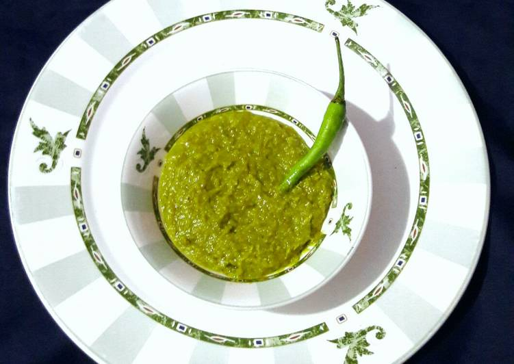 Simple Way to Prepare Award-winning Green Chilli Sauce