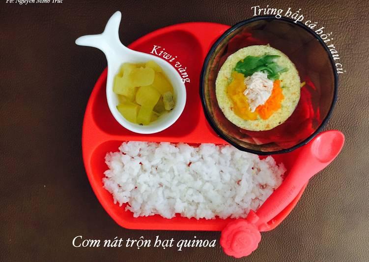 Trứng hấp cá hồi rau củ - bé ăn dặm