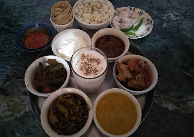 Dhaba style Punjabi thali Choosing Fast Food That's Very good For You