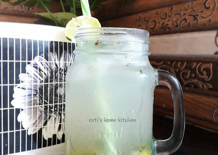 Mint lemonade(lemon pudina sarbat)