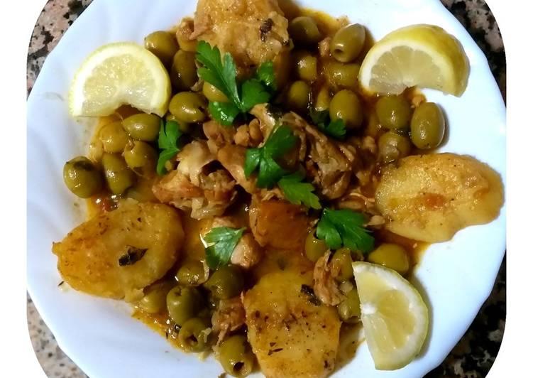 Comment faire Préparer Appétissante Tadjine au olives verts,poulet,pommes de terre