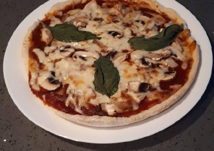 Petite pizza base #tomate