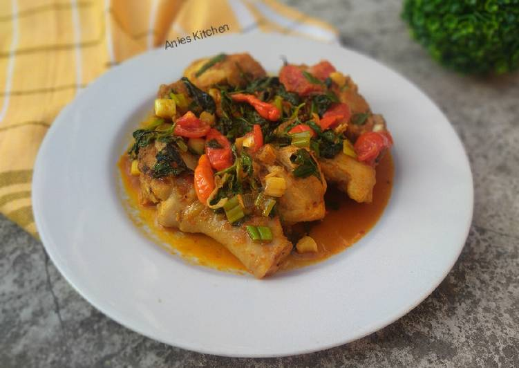 Resep Ayam Woku Khas Manado Enak dan Antiribet