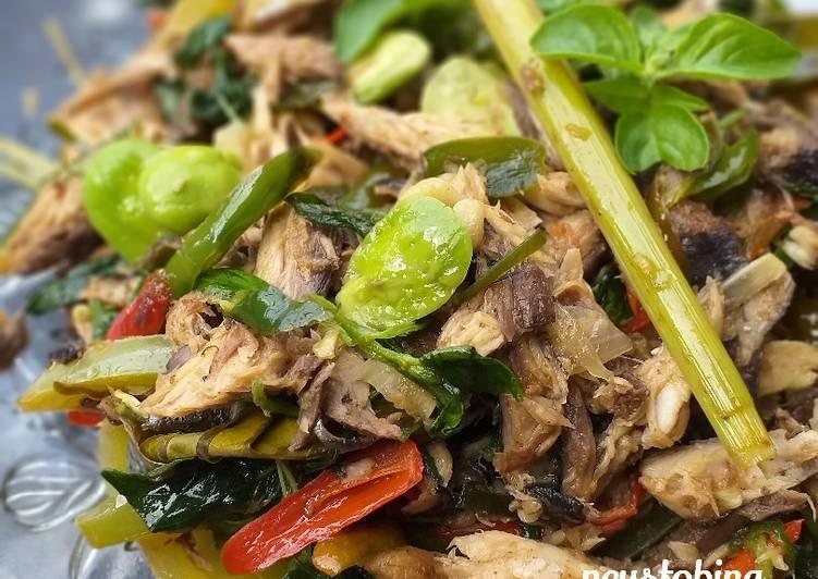 #268. Tongkol Suwir Cabe Ijo - cookandrecipe.com