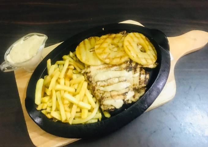 Chicken Hawaiian steak with pineapple 🍍