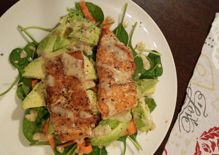 Recipe: Perfect Pan fried salmon and avocado salad