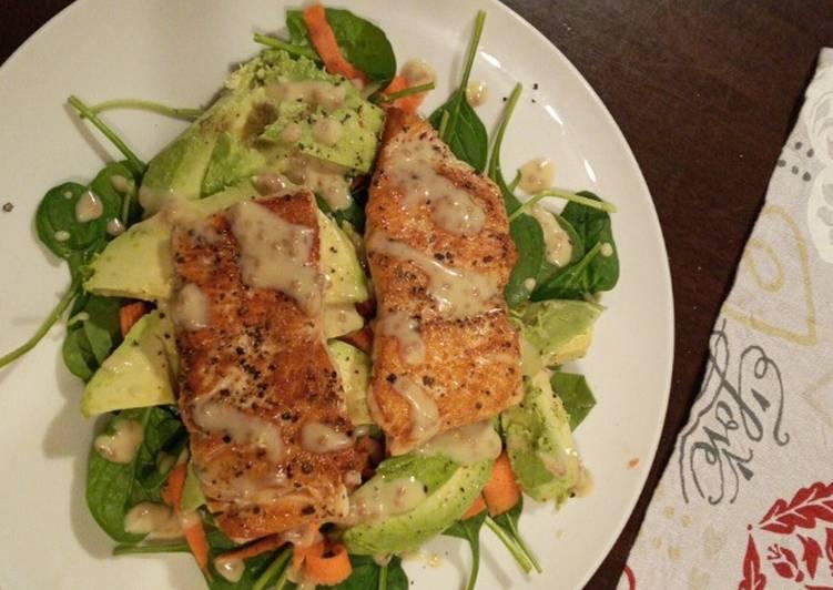 Recipe of Homemade Pan fried salmon and avocado salad
