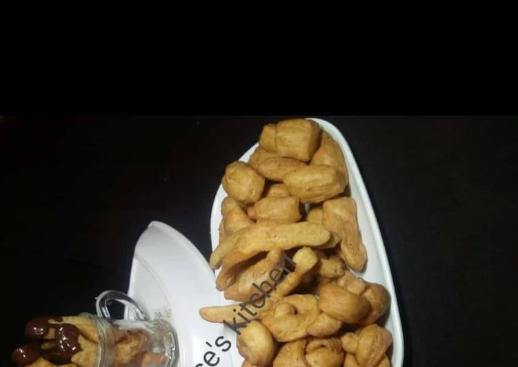 Simple Way to Prepare Quick Nutmeg Chinchin