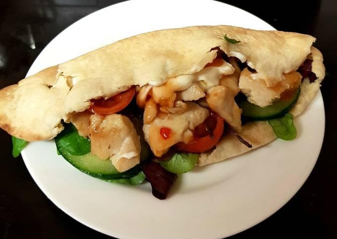 My Quick Tasty Chicken on pitta bread, so good 😁