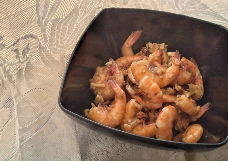 Garlics and Oyster Sauce Shrimps