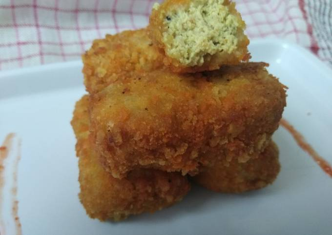 Langkah Mudah untuk Menyiapkan Nugget tahu ayam cincang yang Enak Banget