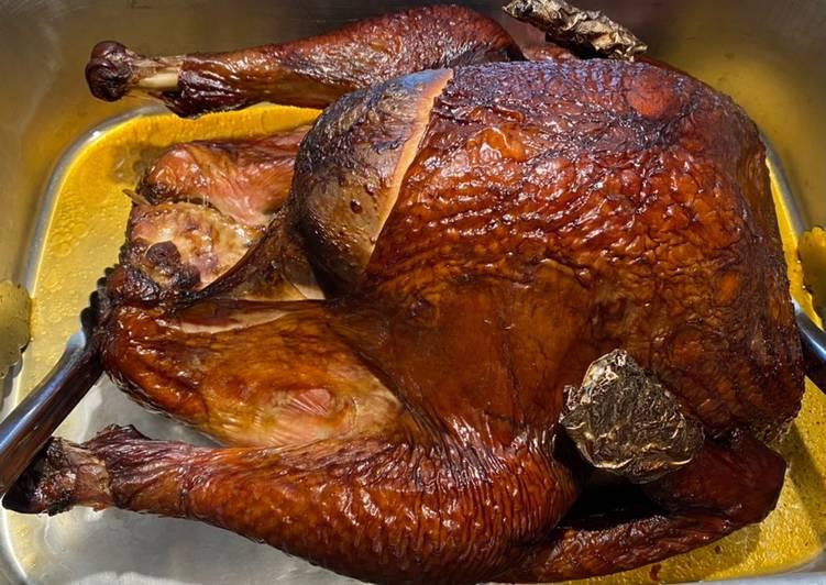 The Most Amazingly Moist Smoked Turkey! 🦃