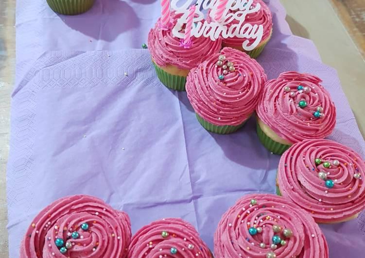 Simple Way to Prepare Super Quick Homemade Quick 3minute vanilla cupcakes