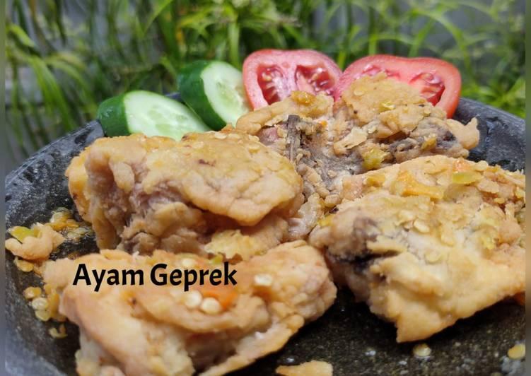Ayam Geprek Pedes