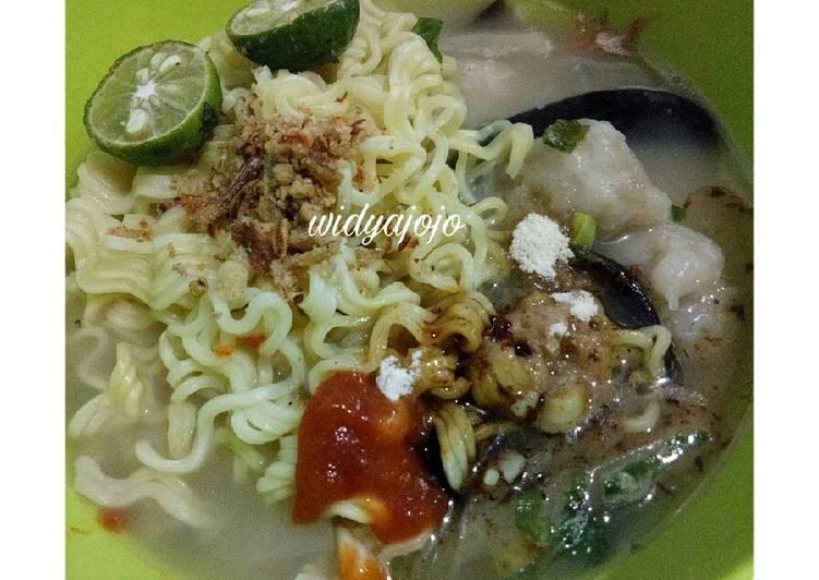 Tekwan Indomie (Jajanan Palembang)