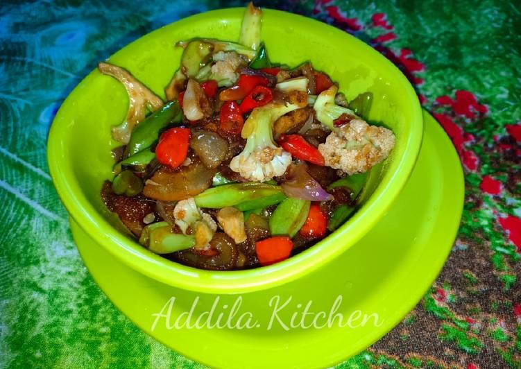 Oseng Kikil Sapi Pedas - cookandrecipe.com