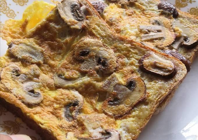 Egg Mushroom Toast