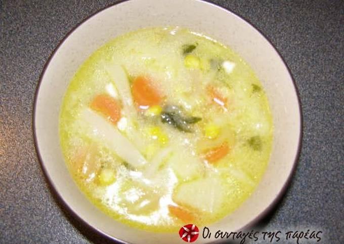 Multi-colored cabbage soup