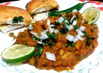 How to Cook Tasty Moms special Pav Bhaji