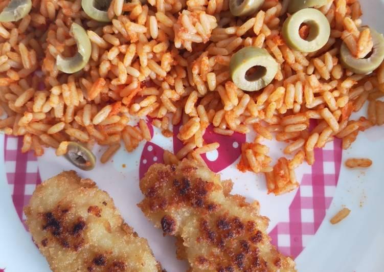 Riz tomate olive et poulet pané