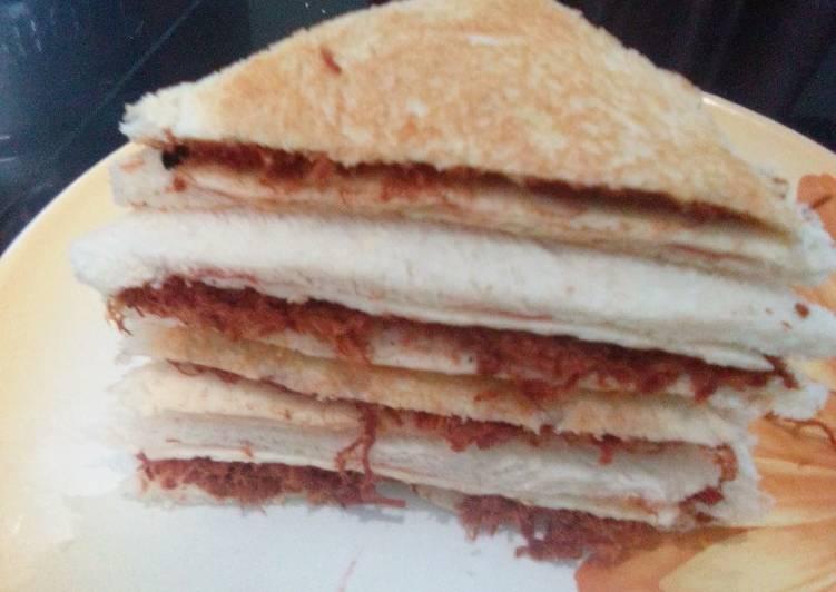 Sandwich gurih abon