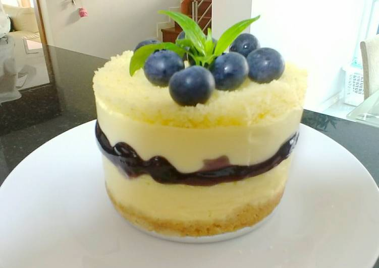5-Layered blueberry cheesecake