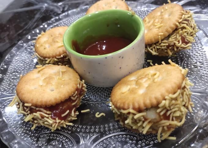 Recipe: Tasty Monaco Biscuit Chat