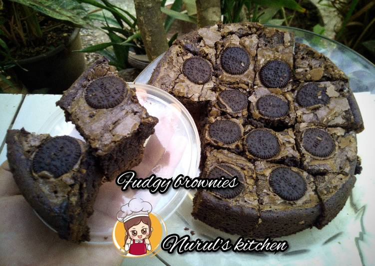 Fudgy brownies shiny Crust (oven tangkring)