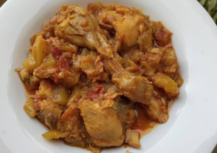 Recipe of Award-winning Lauki chicken curry