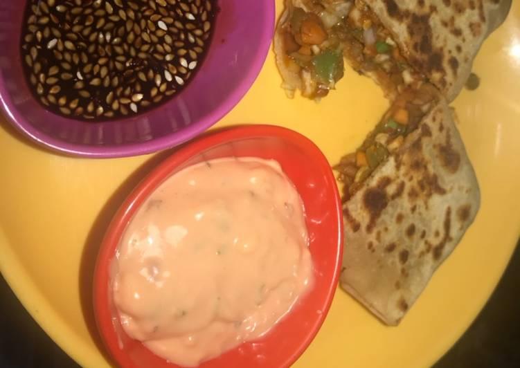 Recipe of Quick Momos Paratha