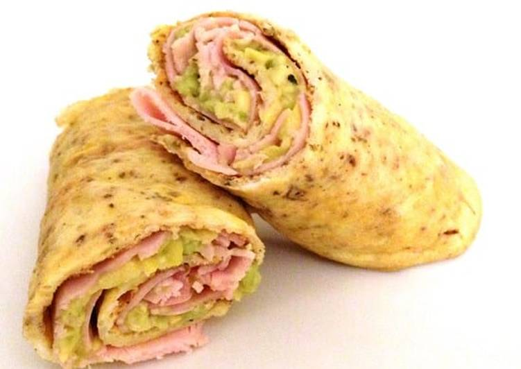 Recipe of Super Quick Homemade Egg and Proscuitto Wrap with Avocado