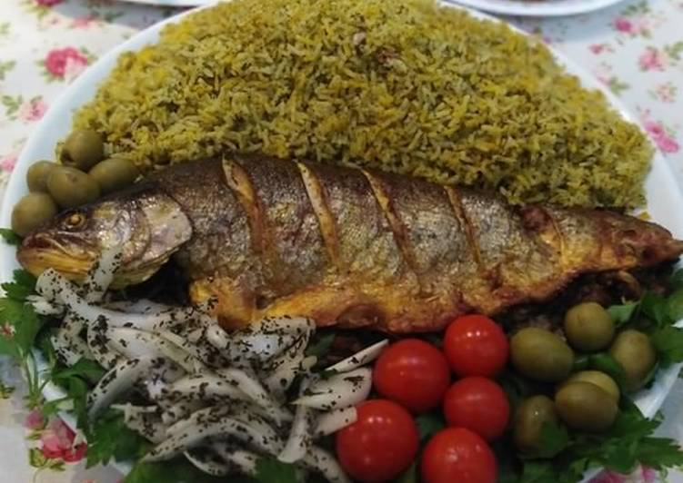 سبزی پلو با ماهی شب عید دستور توسط sargarminet - کوکپد