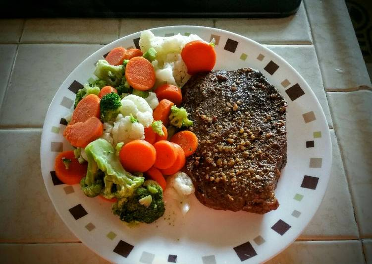 Cajun Oven Baked Steak and Veggies, A Lot Of You Might Not Realize This But Coconut Oil Can Have Great Health Advantages To It