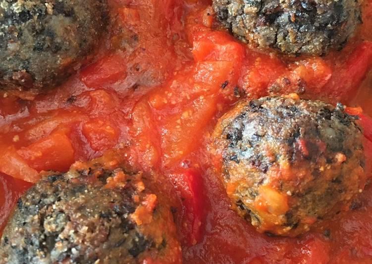 Ricetta Polpette di fagioli e veg-roast-beef in salsa piccante