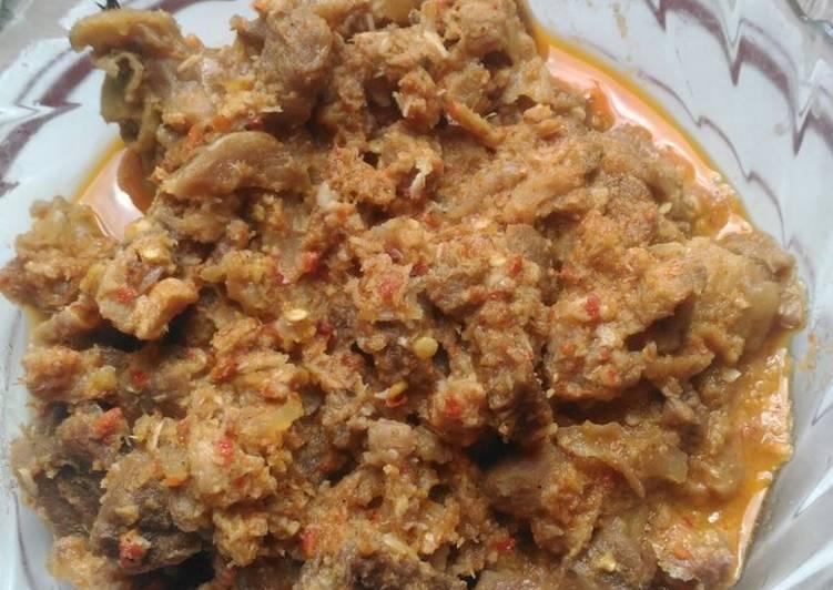 Ayam bumbu rendang