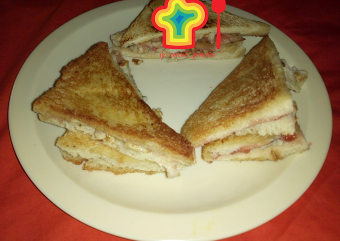 Breakfast idea???? Sandwich bread