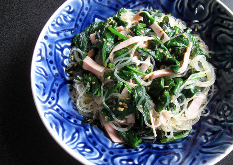 Step-by-Step Guide to Make Speedy Spinach & Wakame Harusame Salad