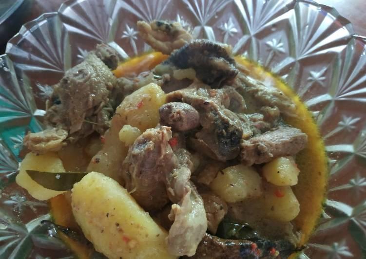 Resep Gulai ayam dan kentang Yang Populer Endes