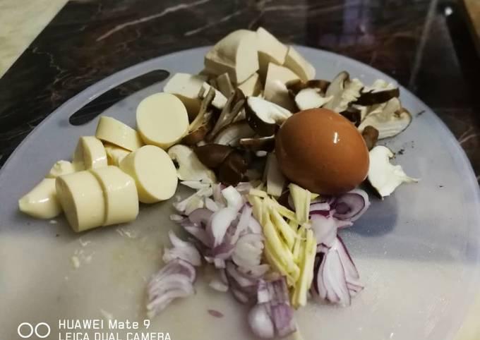 Sup cendawan,tauhu telur versi Cekmek Kelate