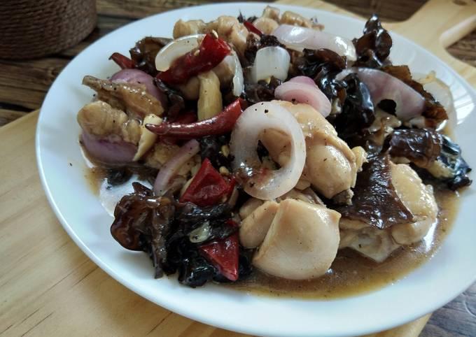Cendawan hitam masak sos tiram bersama ayam#fayekusairi